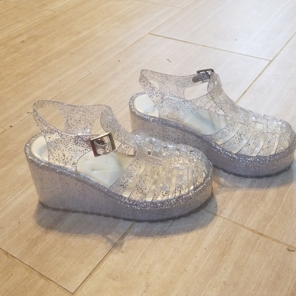 d0d3a042a Forever 21 Shoes - Platform jelly shoes